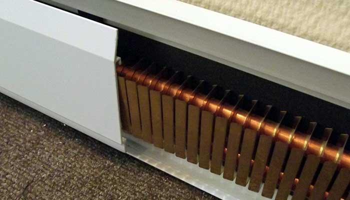 Отопление системой теплый плинтус или контур